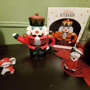 Teapot / Nutcracker holiday series
